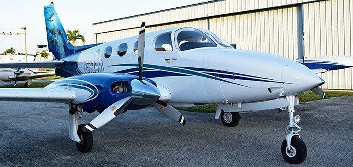 Baron 58 private plane